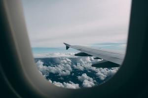 airplane-2619434_960_720